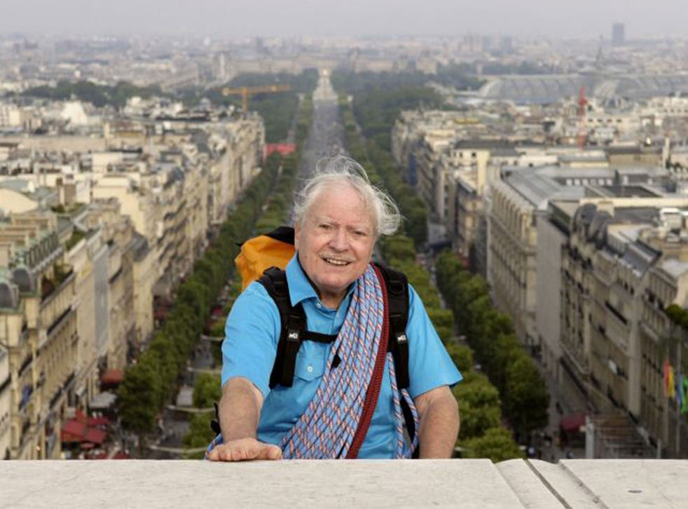 Herzog on top of the Arc de Triomphe in 2005
