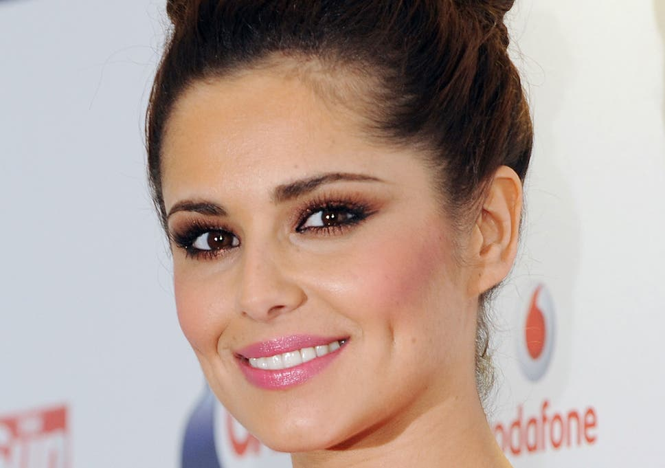Cheryl Cole Gives Birth To Boy With One Directions Liam Payne The