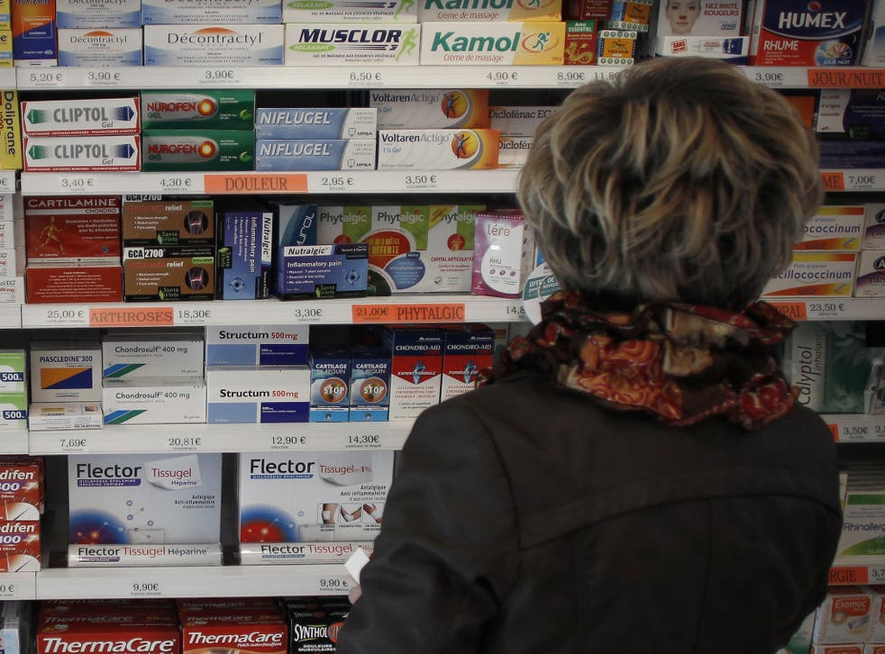 Doctors who unnecessarily prescribe expensive branded drugs when cheaper alternatives are available are facing a crackdown