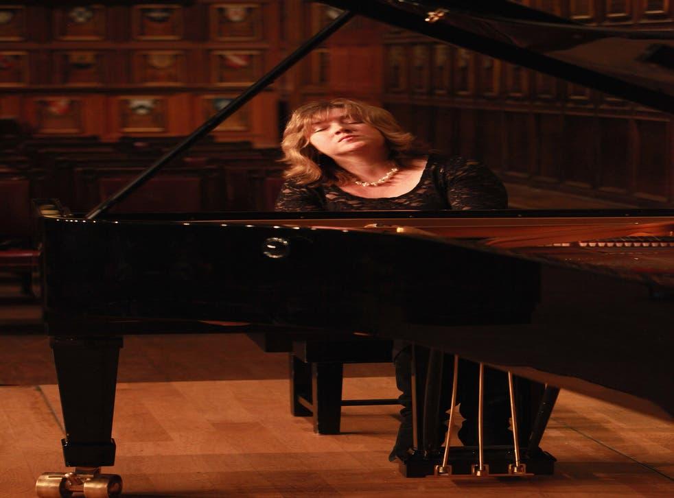 Pianist Lucy Parham