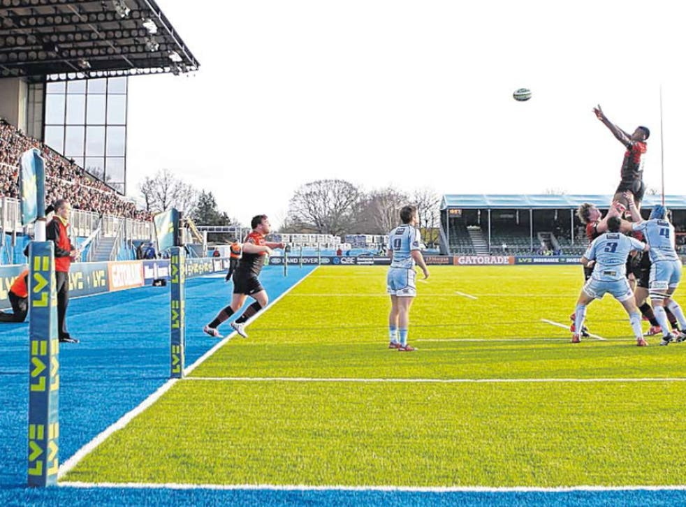 Saracens and Cardiff contest a line-out on the artificial turf