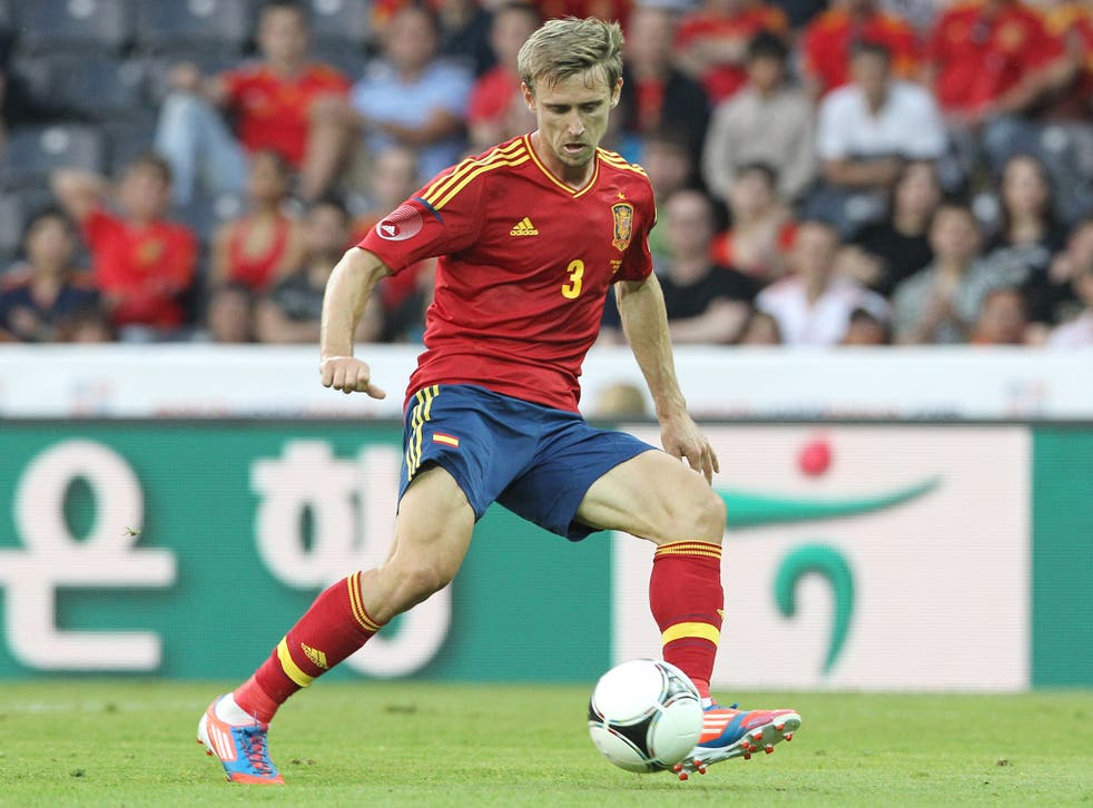 Monreal in action for Spain