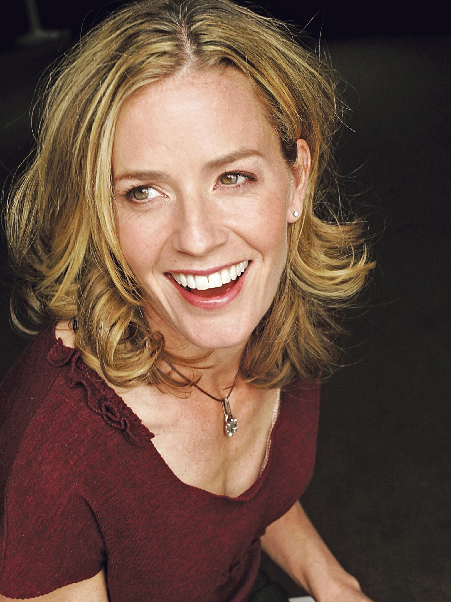 Photo of the cool talented  Elisabeth Shue from  Wilmington, Delaware, United States without makeup