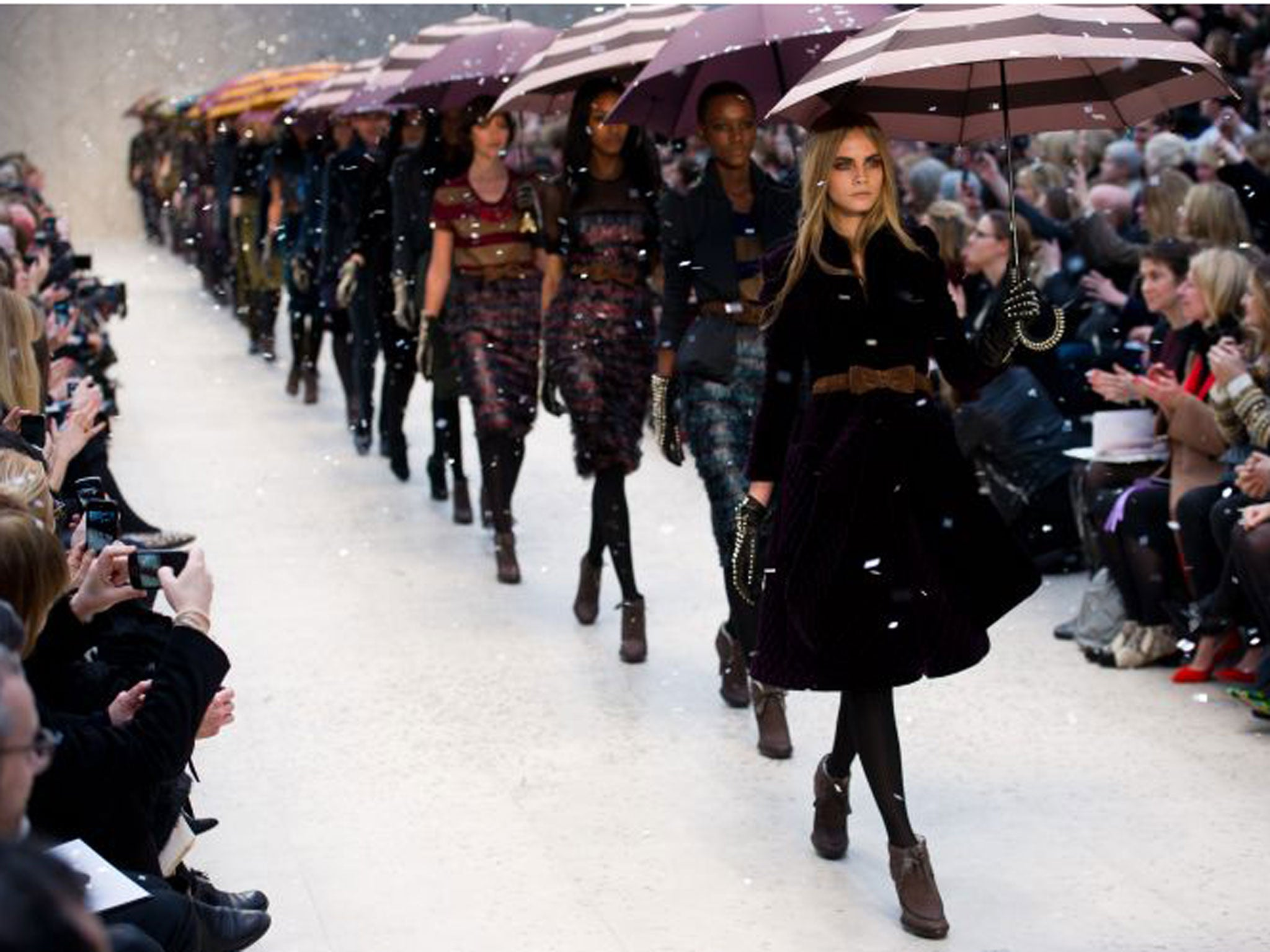 all runways lead to cara delevingne but whats so special about the