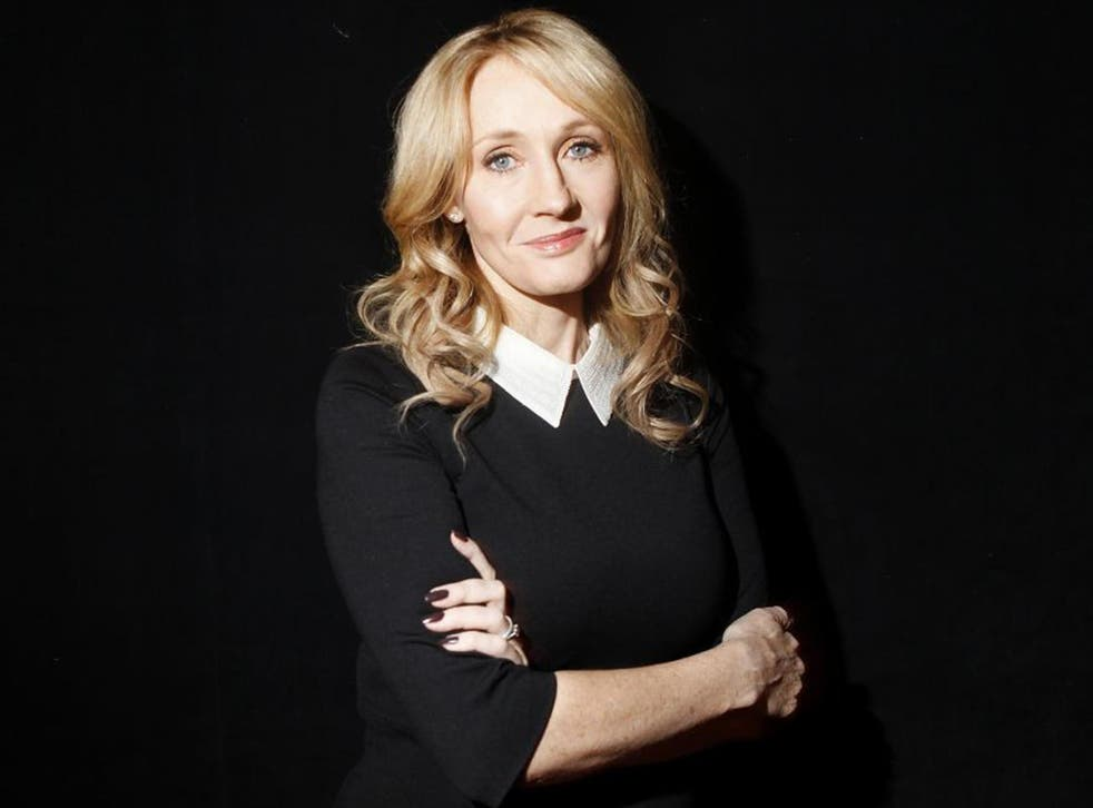 JK Rowling: the top storyteller of her generation will appear, like a seraph descended from heaven, to meet her public
