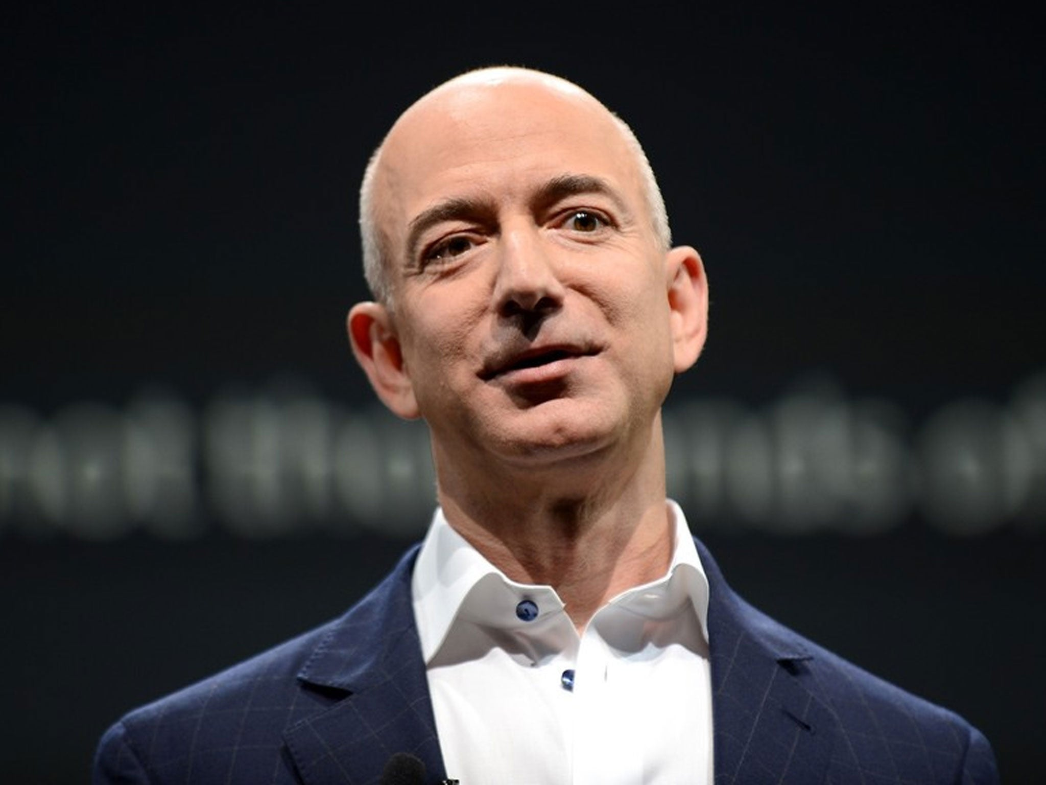 A Day In The Life Of Jeff Bezos Who Wakes Up Without An Alarm