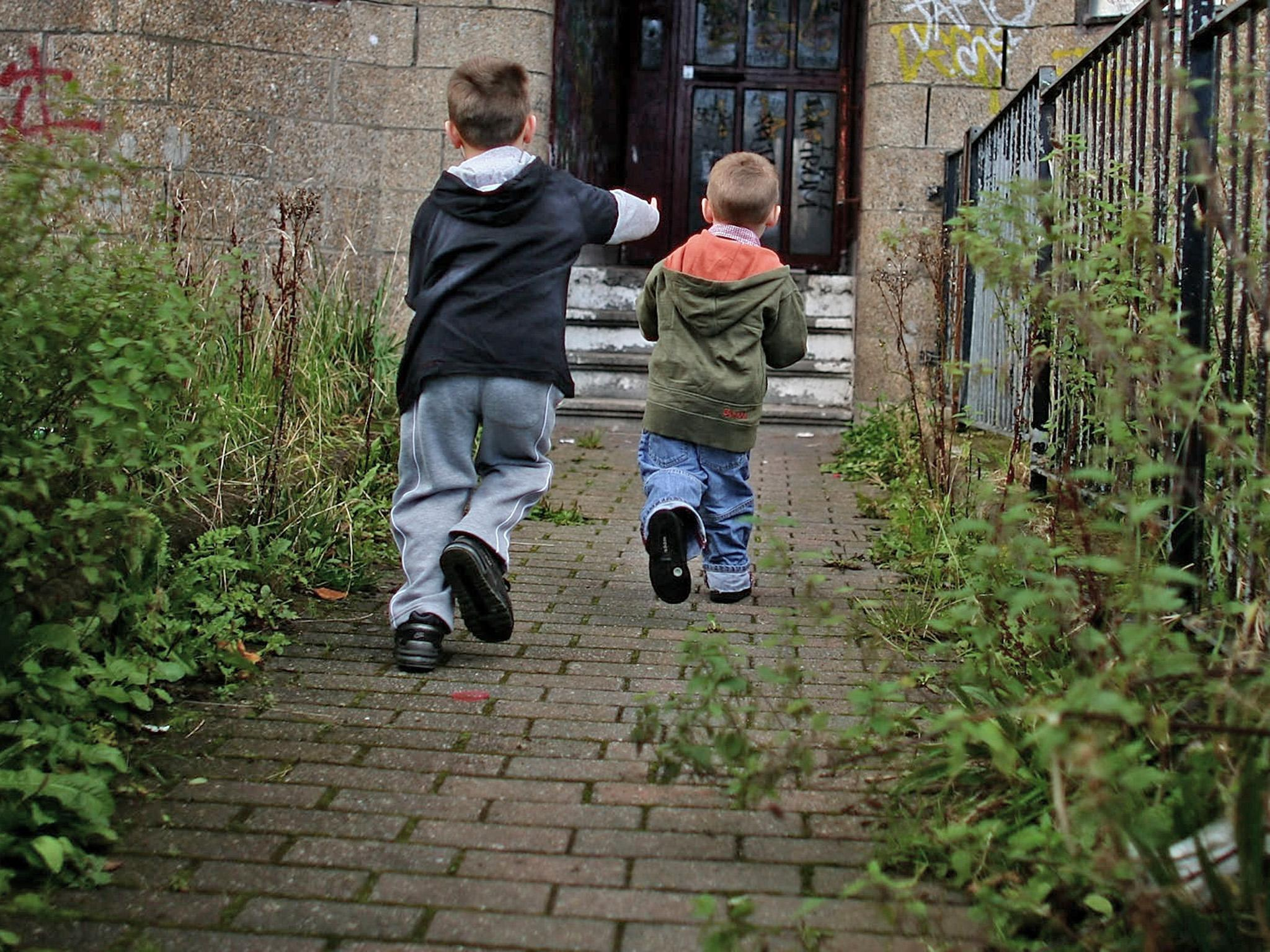 One in three children of working single parents live in poverty, warns charity