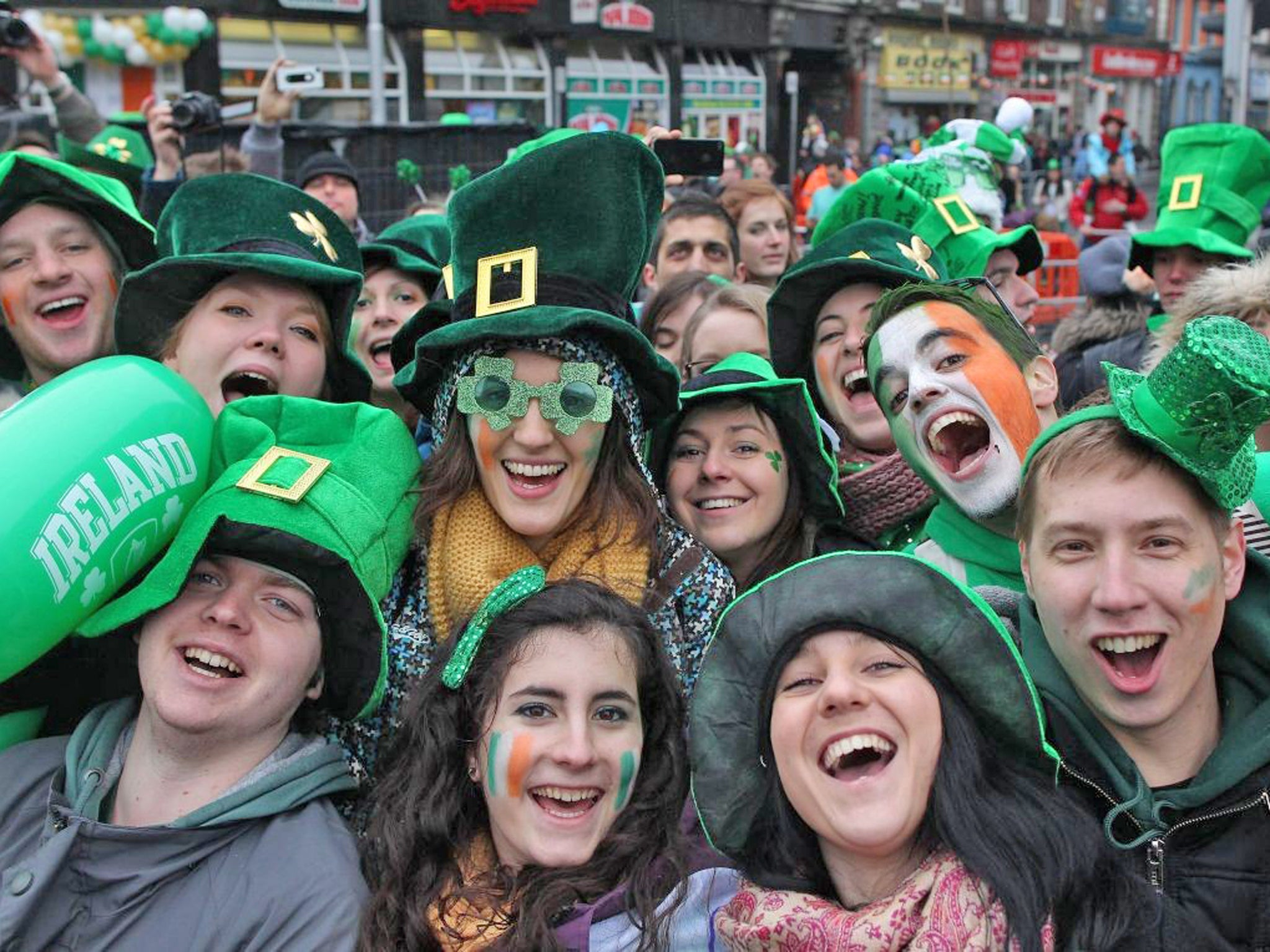 in pictures millions celebrate st patrick u0027s day around the world