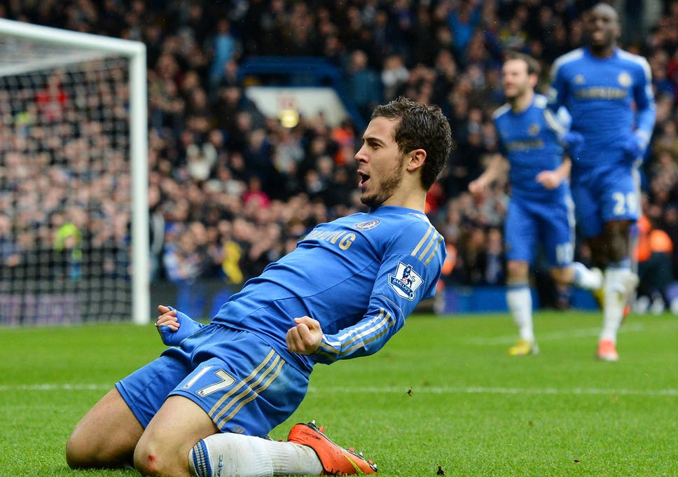 ff2e048c4e7 Chelsea s Belgian midfielder Eden Hazard (2nd R) celebrates after scoring  his team s second goal