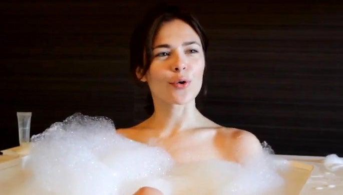 the bubble nude scene