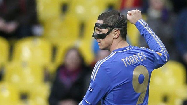 Fernando Torres put Chelsea in front inside five minutes with a fine lob to put Chelsea on course