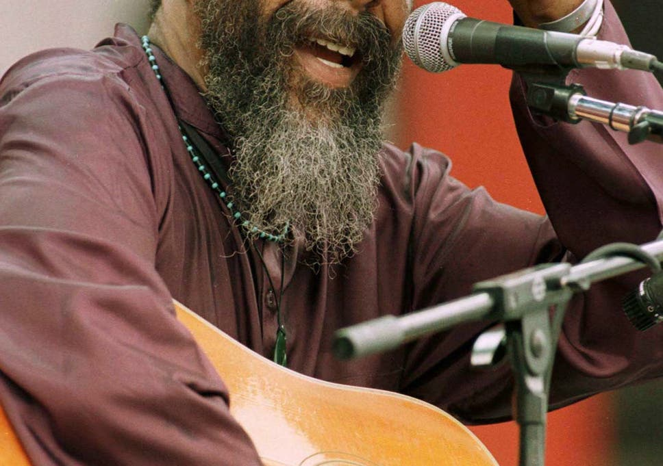 Richie Havens The Singer Who Set The Woodstock Festival On Fire