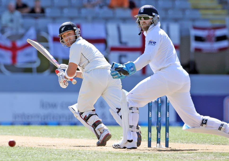 New Zealand bring plenty of baggage for Ashes curtain-raiser