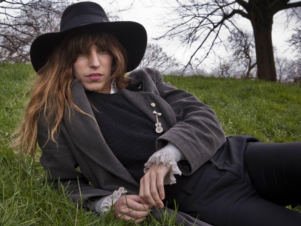 Charlotte Gainsbourgs half-sister: The darker daughter