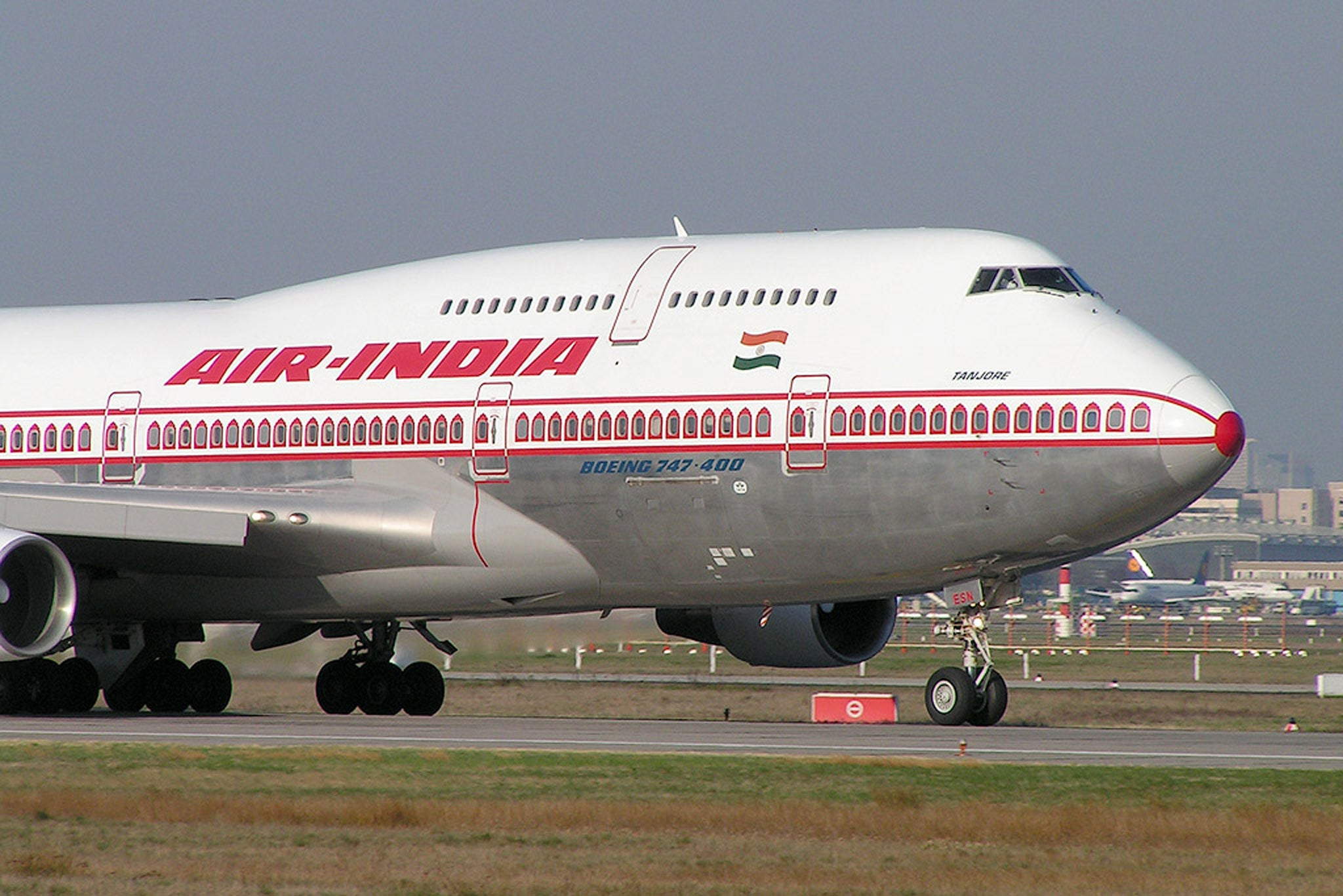 Air India pilots suspended for leaving cabin crew in charge of plane while they slept in business class