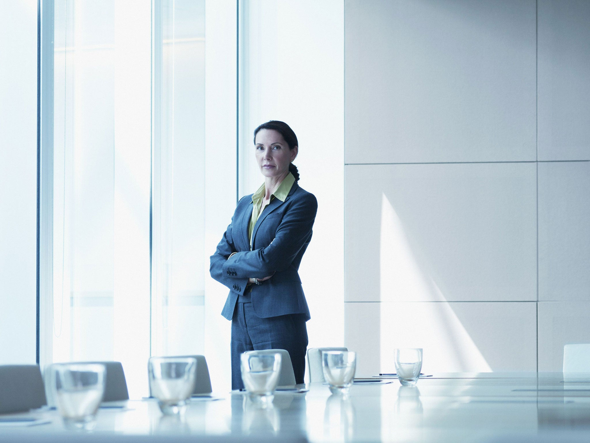 women corporate america glass ceiling thesis The glass ceiling effect is defined as an unofficial barrier to opportunities within an organization or company preventing a protected classes of workers, particularly women, from advancing to higher positions ( glass.