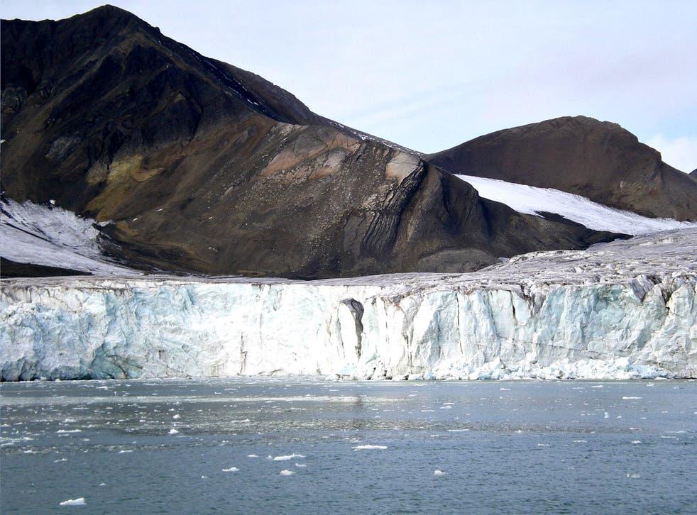 The Esmark glacier on the Norwegian Arctic archipelago of Svalbard has shrunk by 3.5km since 1966