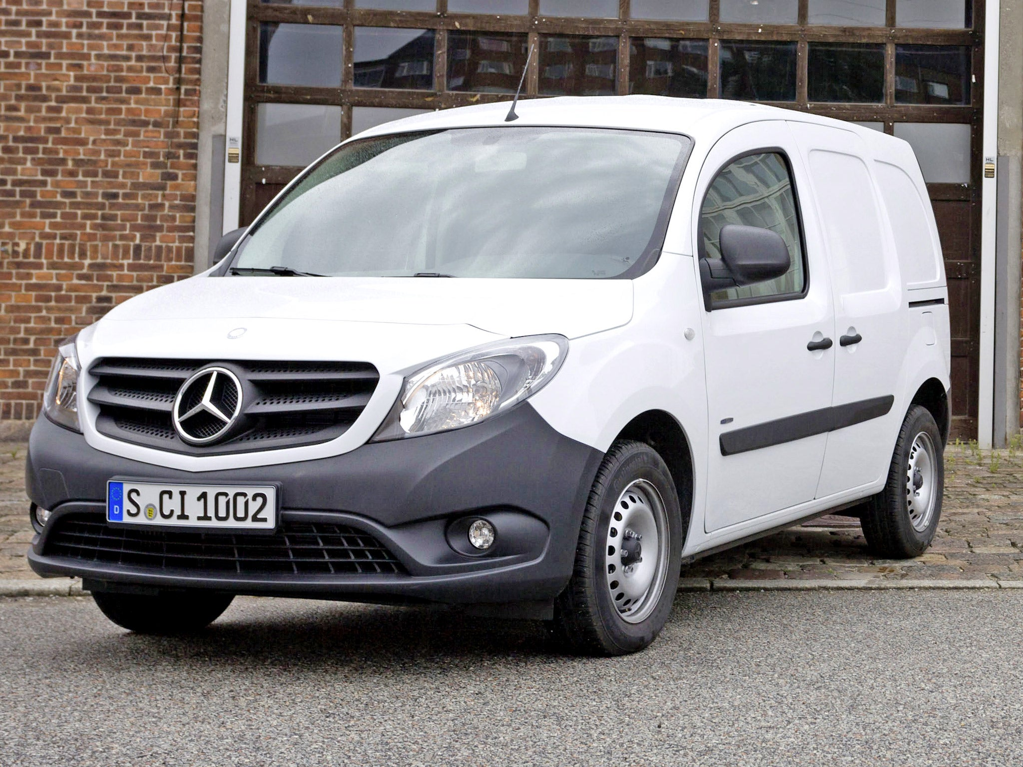 motoring review mercedes citan 109 cdi blueefficiency the independent. Black Bedroom Furniture Sets. Home Design Ideas