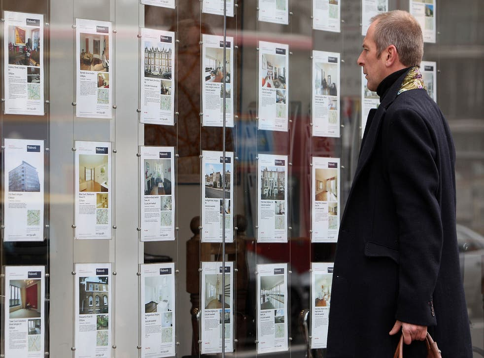 Pictures of homes in estate agents' windows can be deceptive