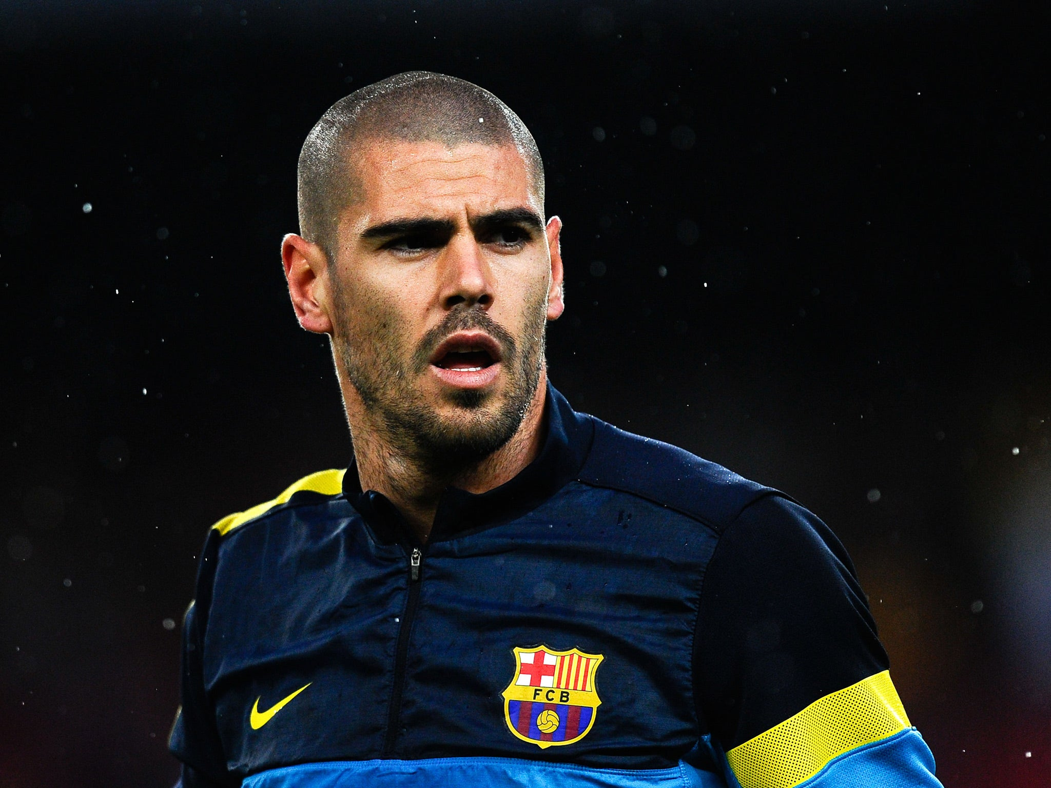 Victor Valdes offers explanation for Barcelona exit plans