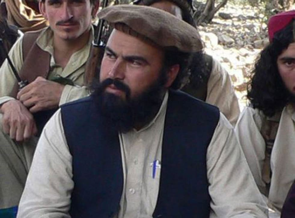 Rehman speaking with journalists in South Waziristan in 2009