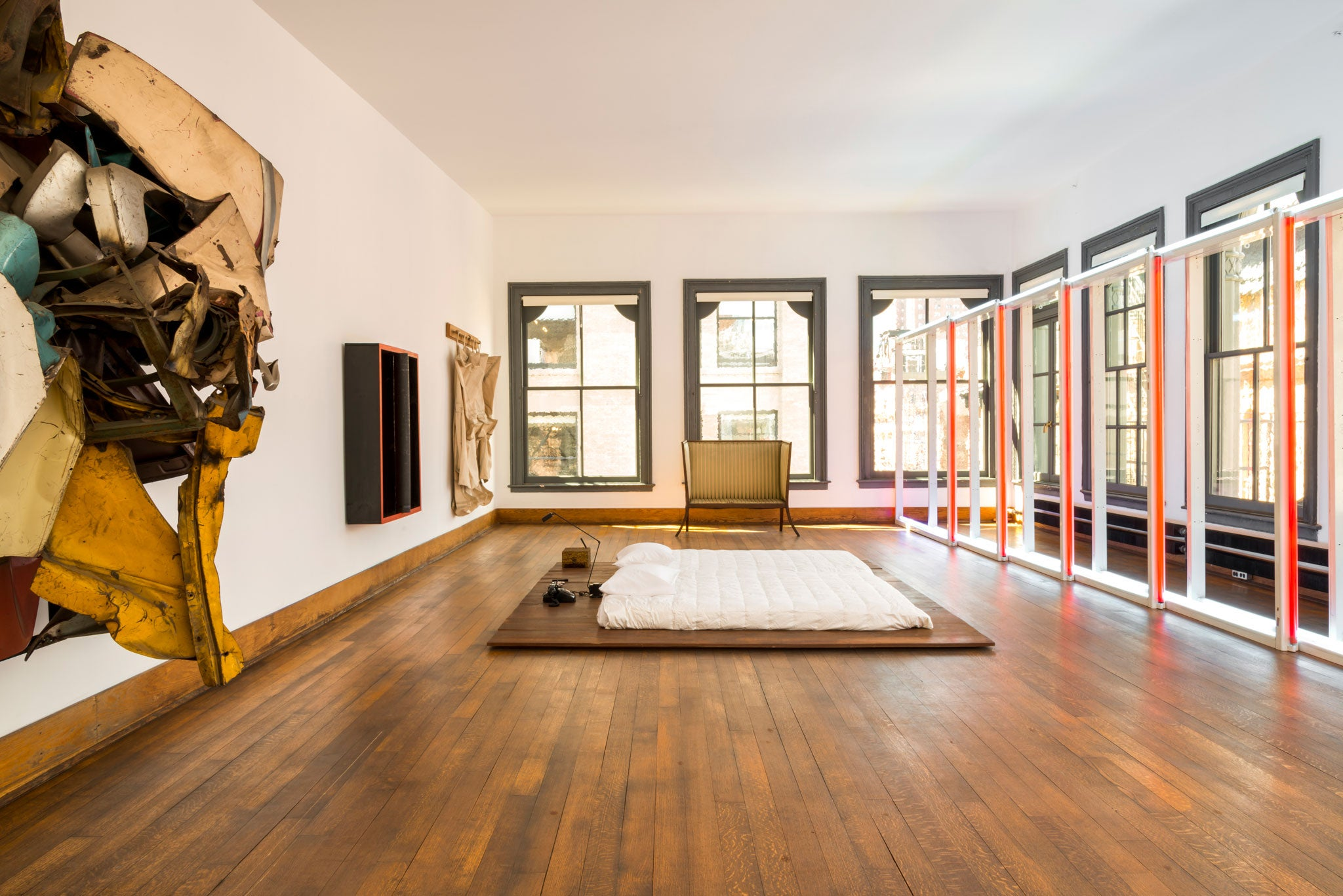 Square roots: Artist Donald Judd's New York apartment ... | 2048 x 1367 jpeg 408kB