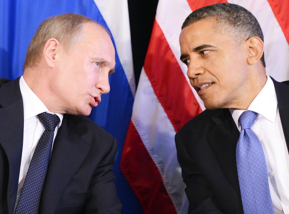 Barack Obama (right) and Vladimir Putin (left) at the G20 Summit in Los Cabos, Mexico