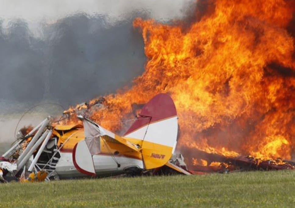 Stunt pilot Charles Schwenker and wing-walker Jane Wicker