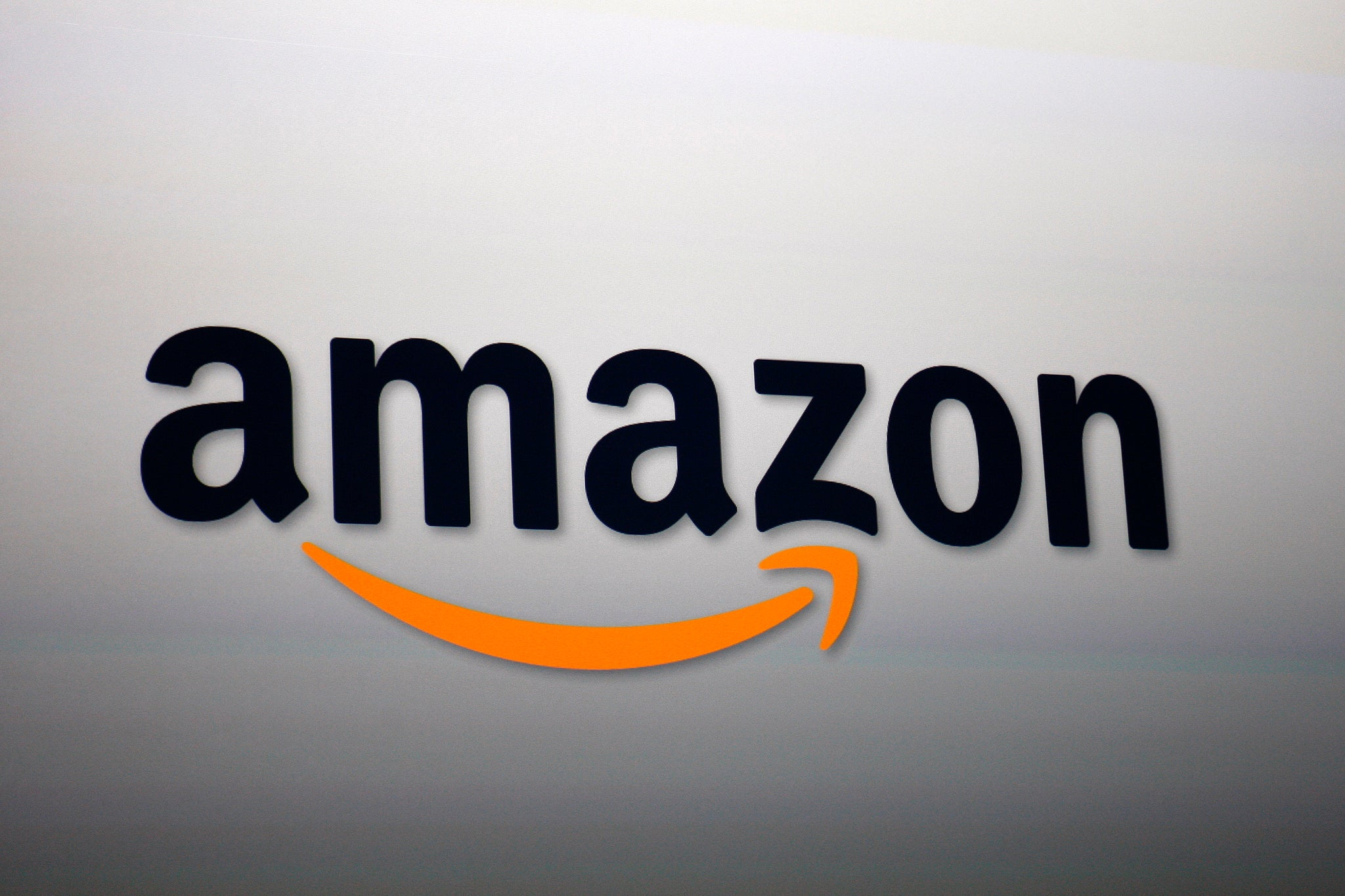 Amazon gives UK customers free MP3 download of any CD bought from