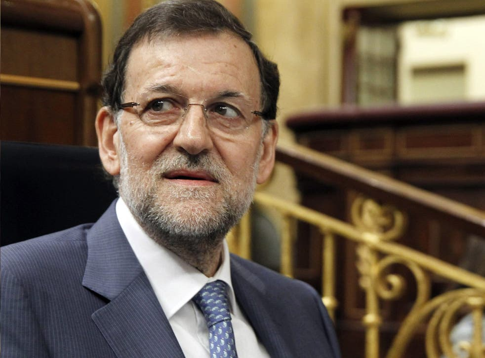 El Mundo yesterday printed a picture of a ledger purporting to show Mariano Rajoy received €42,000 in 1997