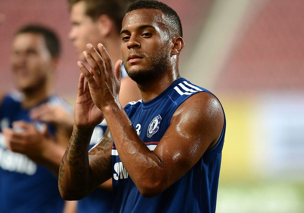 Ryan Bertrand Ready To Graft To Make It At The Bridge After Turning Down Liverpool Move The Independent