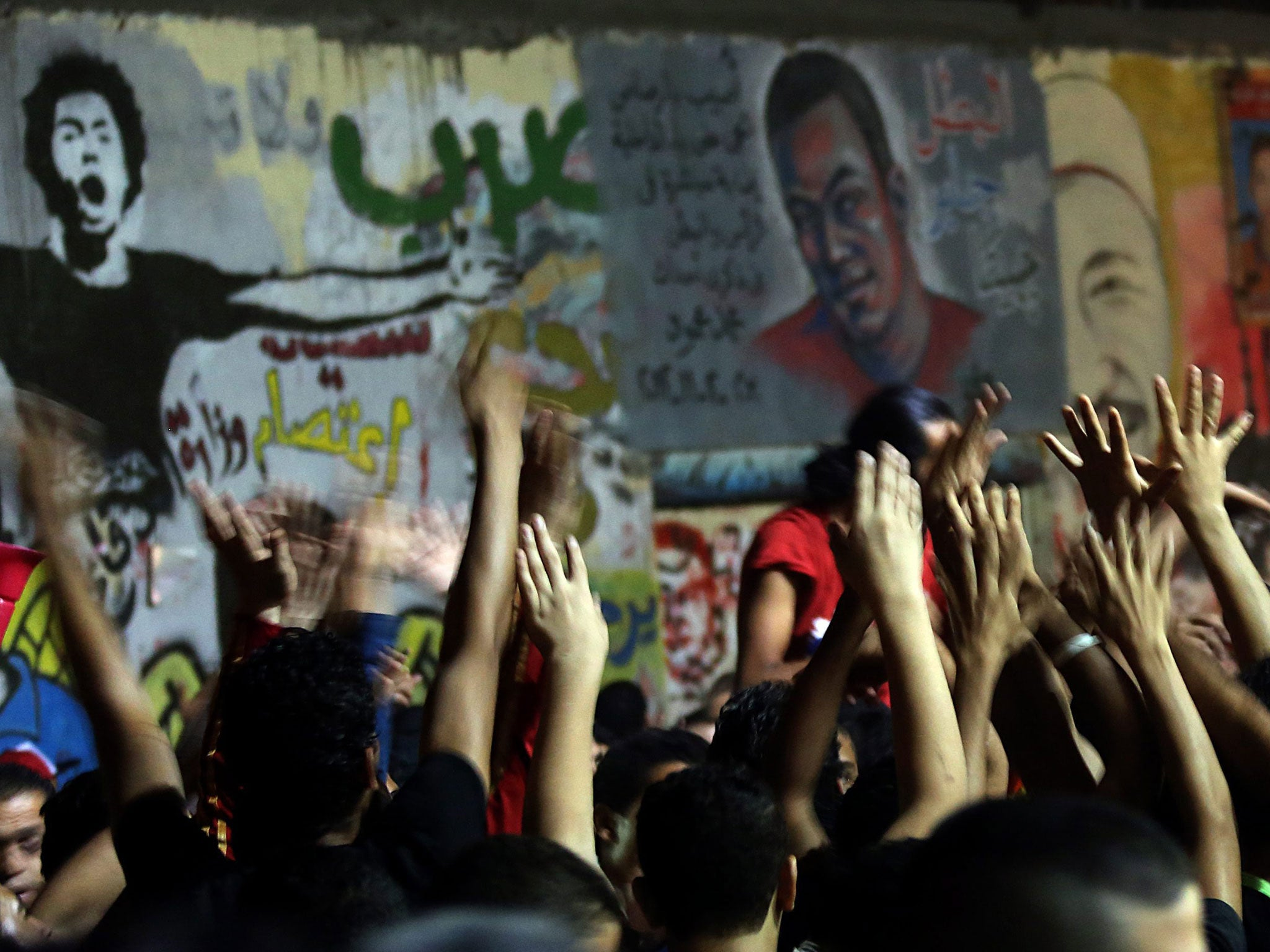 Egypt's liberals seek to ban political Islamists from power