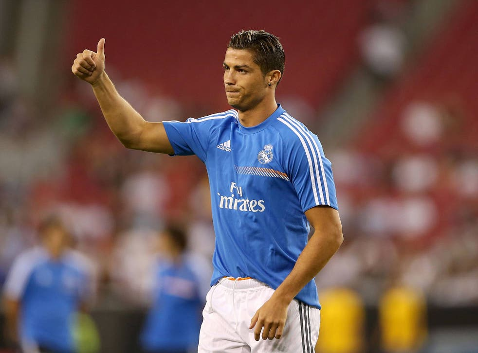 Cristiano Ronaldo acknowledges the fans as Real Madrid play LA Galaxy
