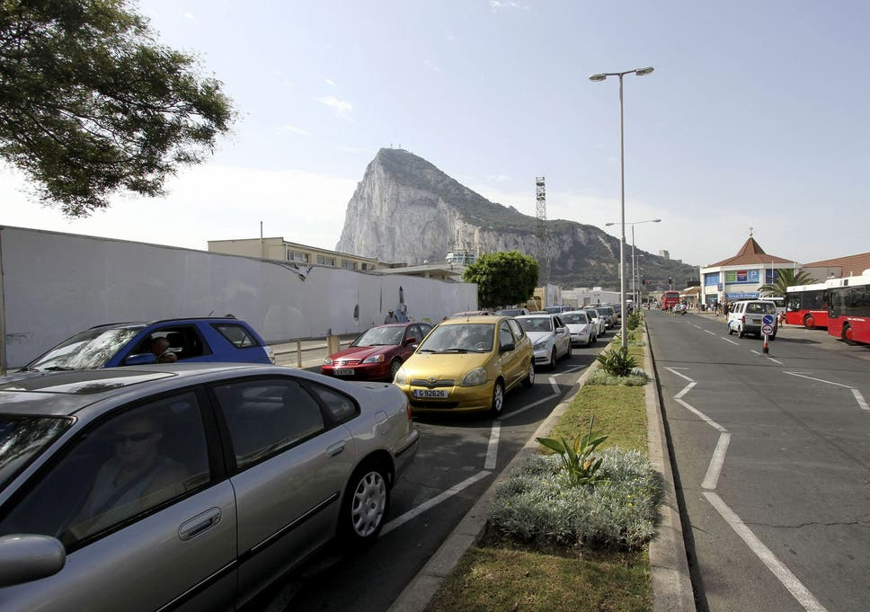 Spanish Police Attacked For Blatant Gibraltar Diving Stunt The