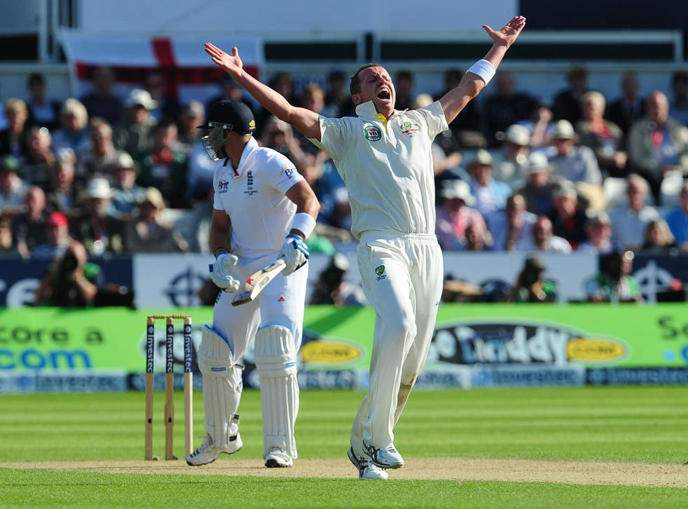 Peter Siddle appeals for lbw against Matt Prior, upheld on review
