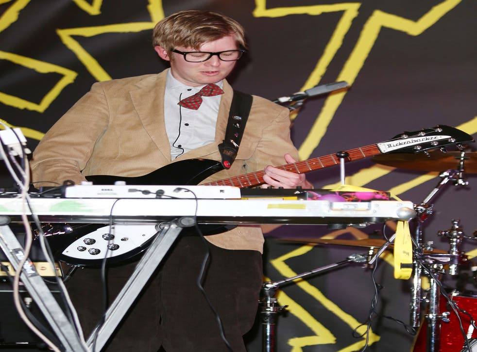 J Willgoose Esq, of dance-rock duo Public Service Broadcasting claims that credible indie bands have their entire performances pre-loaded on to laptops