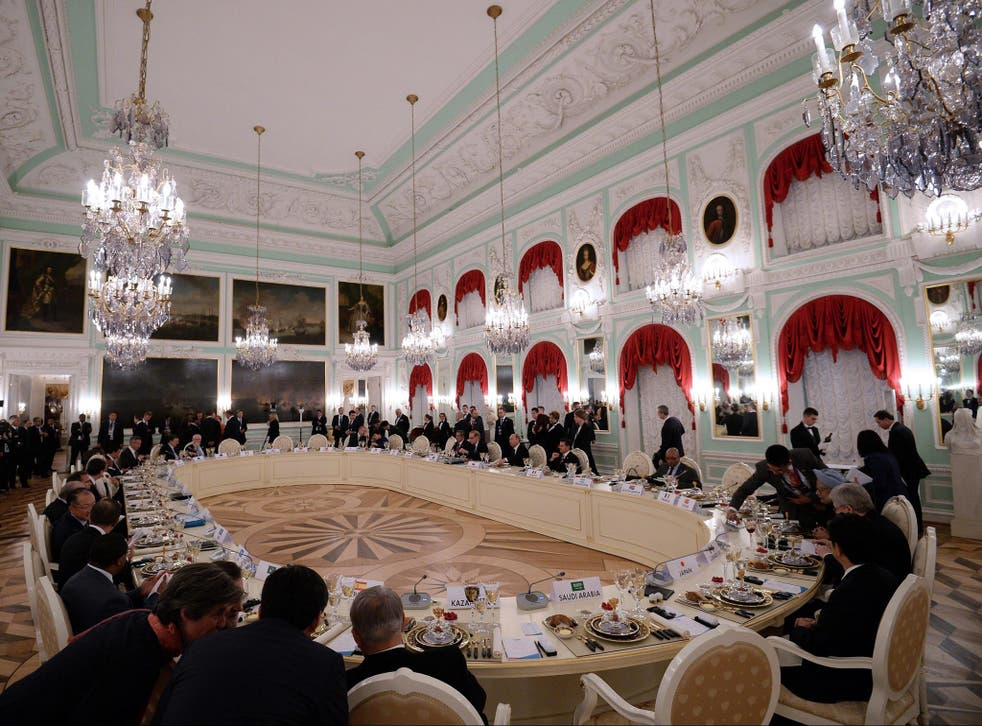 Twenty leaders attend a working dinner after the first session of the G20 Summit in St. Petersburg, Russia