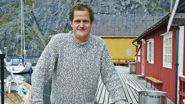 Go North: Valentine Warner in Norway