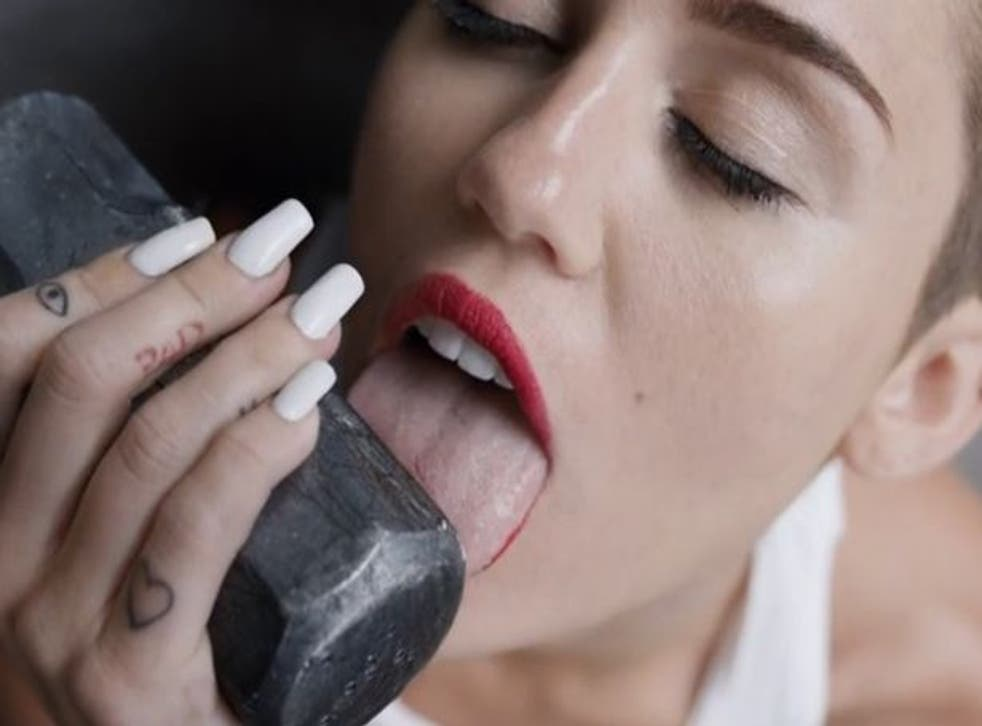 Miley Cyrus is on course to top the charts with Wrecking Ball