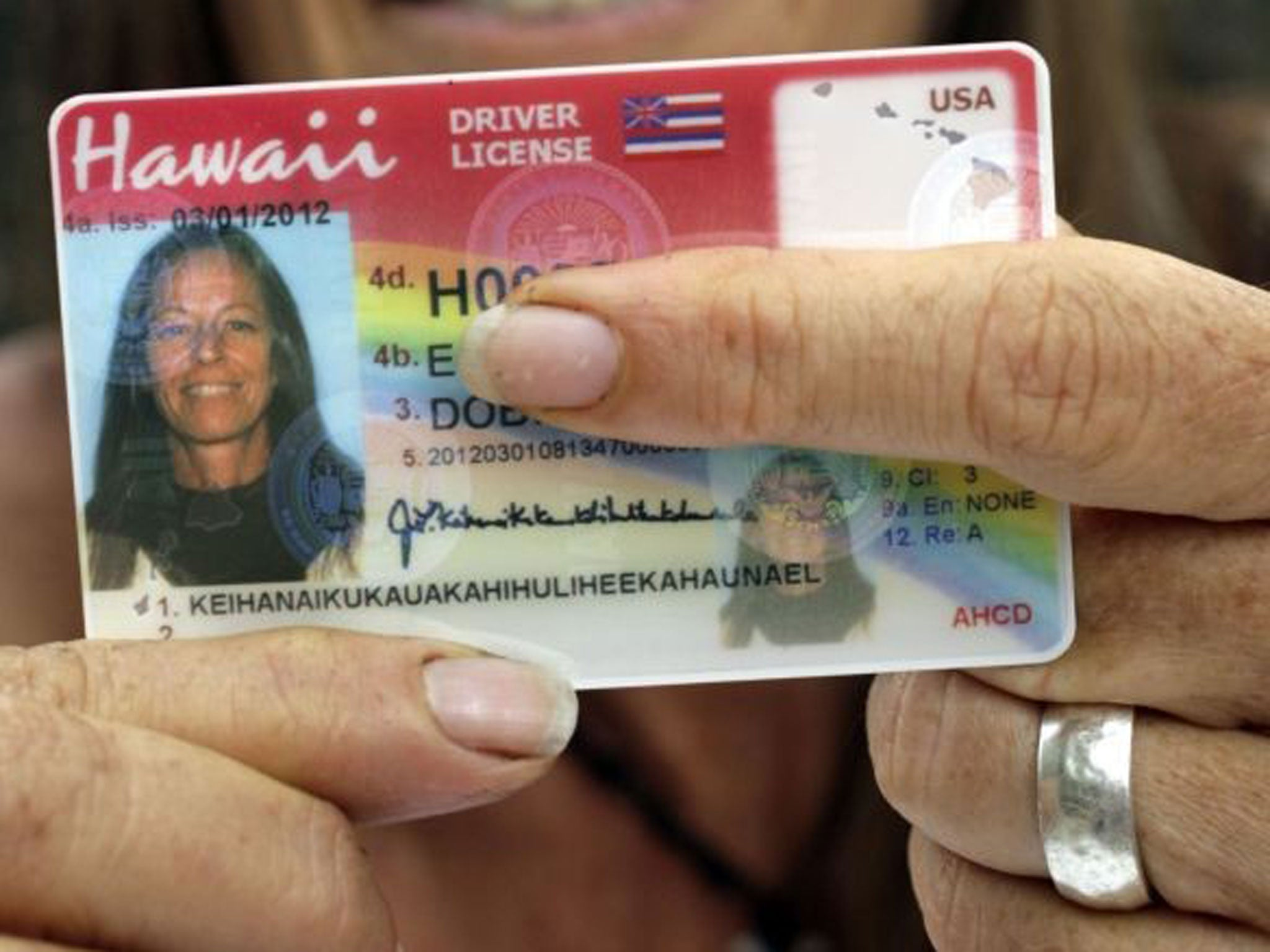 Hawaiian woman with 36-character name finally receives ID card ...