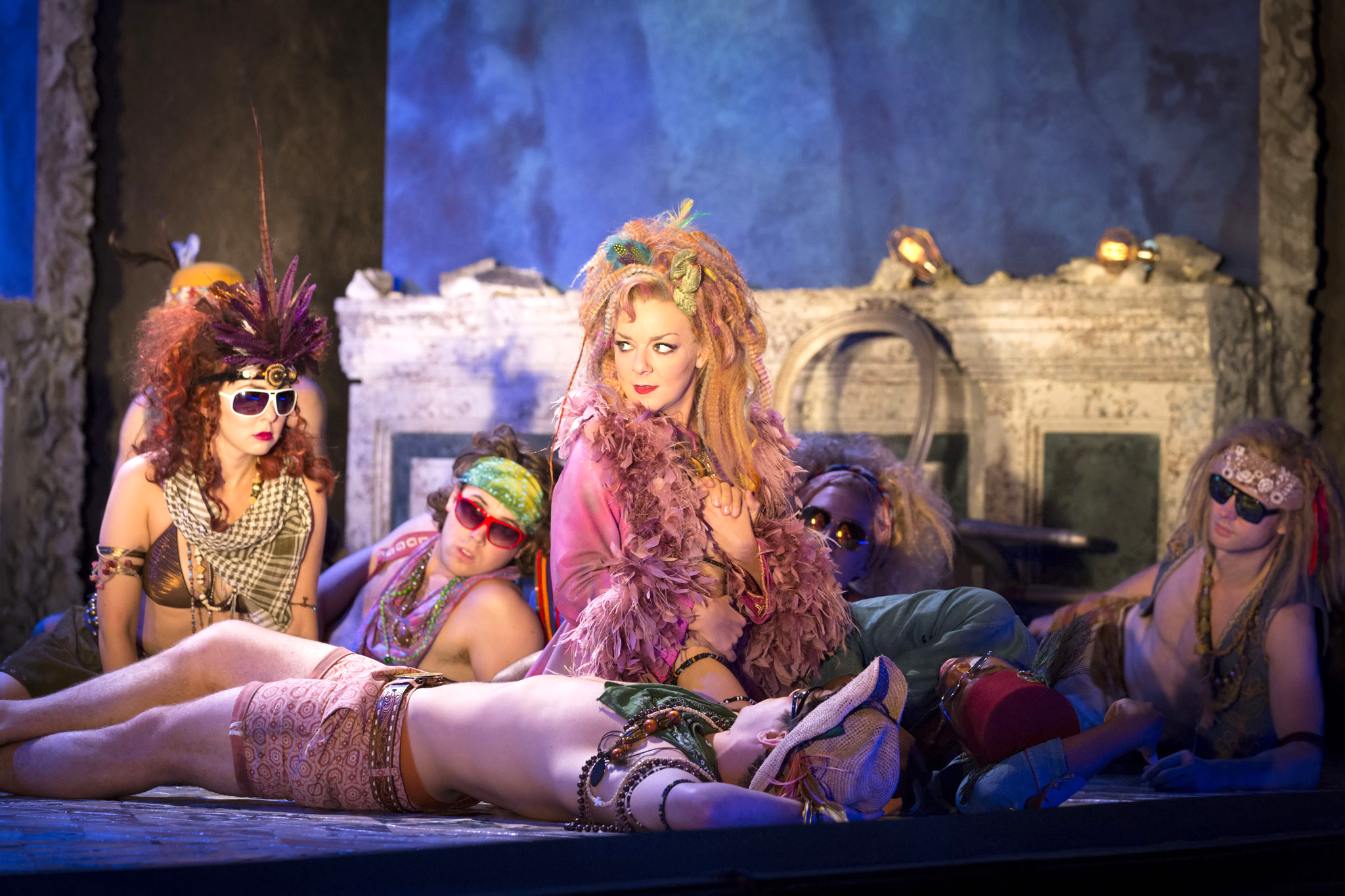 a picture of royalty in the story of midsummer nights dream