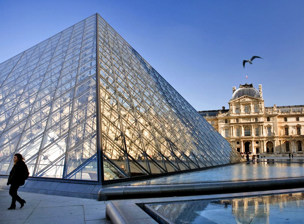 The Louvre has 460,000 works of art