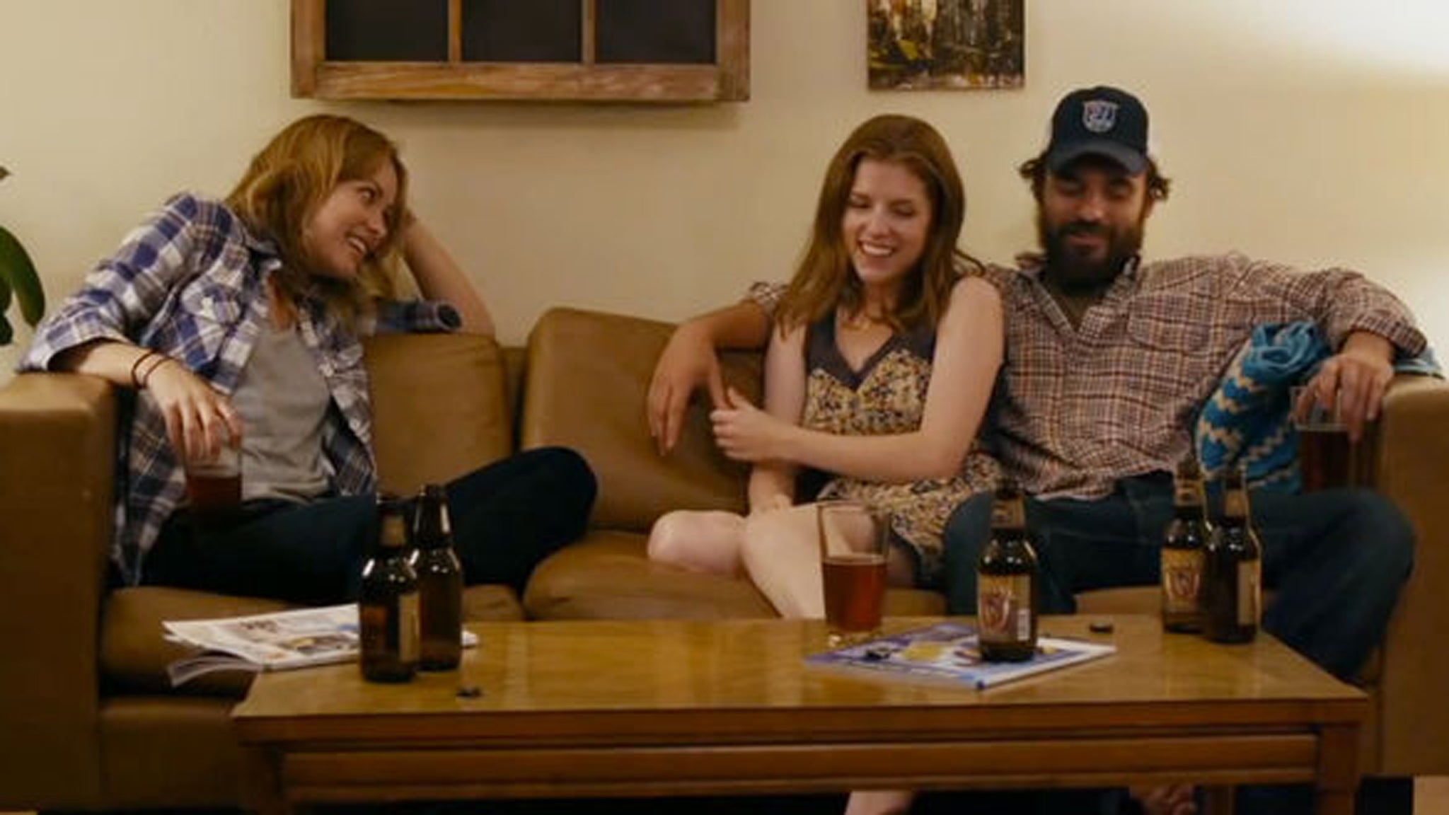 Film Review: Drinking Buddies - Jake Johnson and Olivia ...