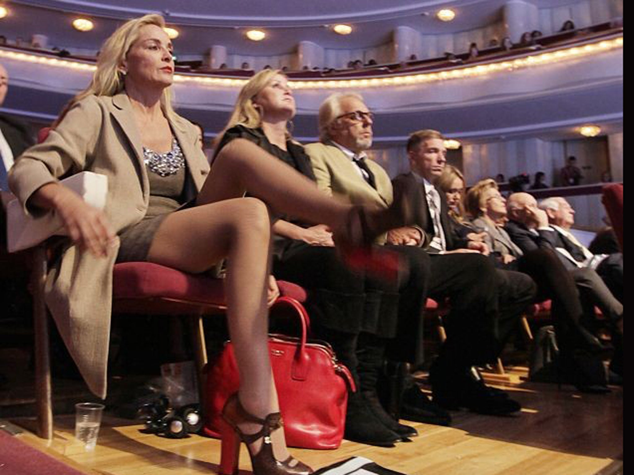 sharon stone basic instinct leg crossing
