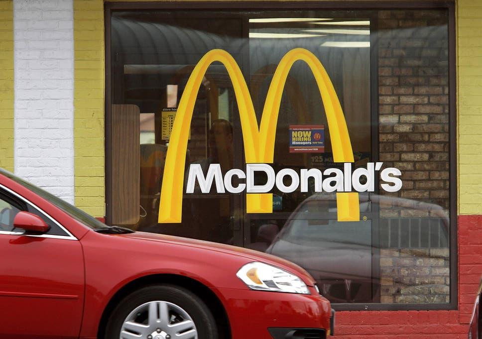 Burger rivalry squeezes Heinz ketchup from McDonald's menu