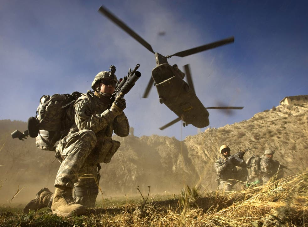 US soldiers along the Afghan-Pakistan border