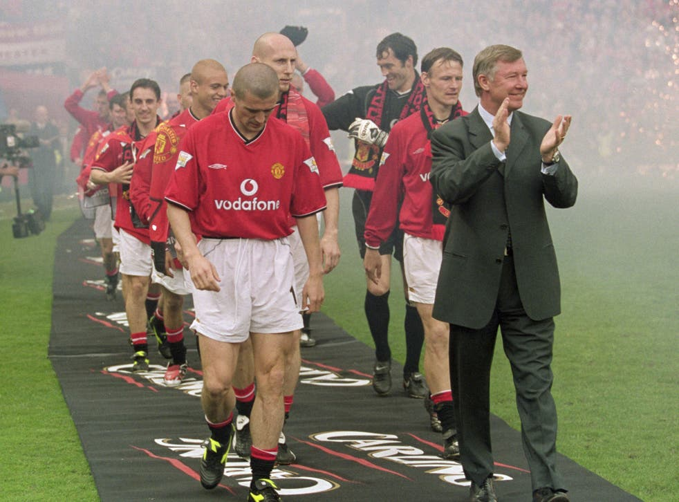 Alex Ferguson and Roy Keane celebrate winning the league in 2001