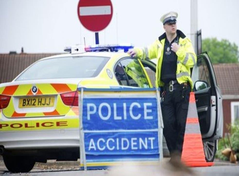 La policía de West Midlands ahora ha dicho que cree que el jubilado fue atropellado por un vehículo grande, como un 4x4 o una camioneta, antes de que lo encontraran en Beakes Road.