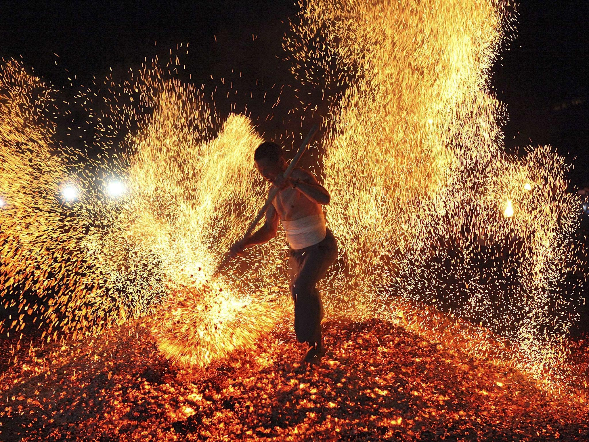 in pictures chinese fire walking festival lianhuo the independent