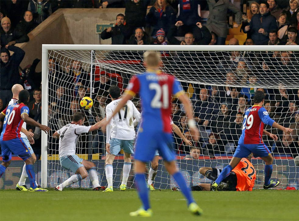 Marouane Chamakh finally finds the back of the net for Crystal Palace